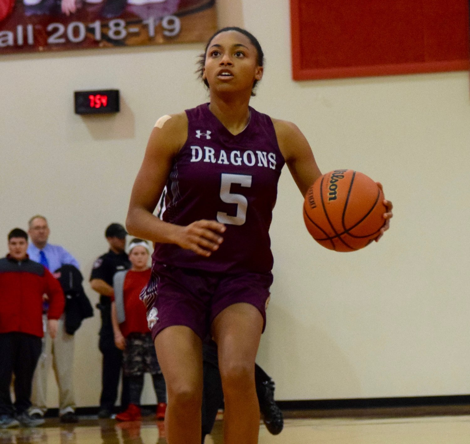 Jaaucklyn Moore led the way with 17 points for Round Rock, but the Lady Dragons lost to Vista Ridge 69-46 Tuesday night in district play.