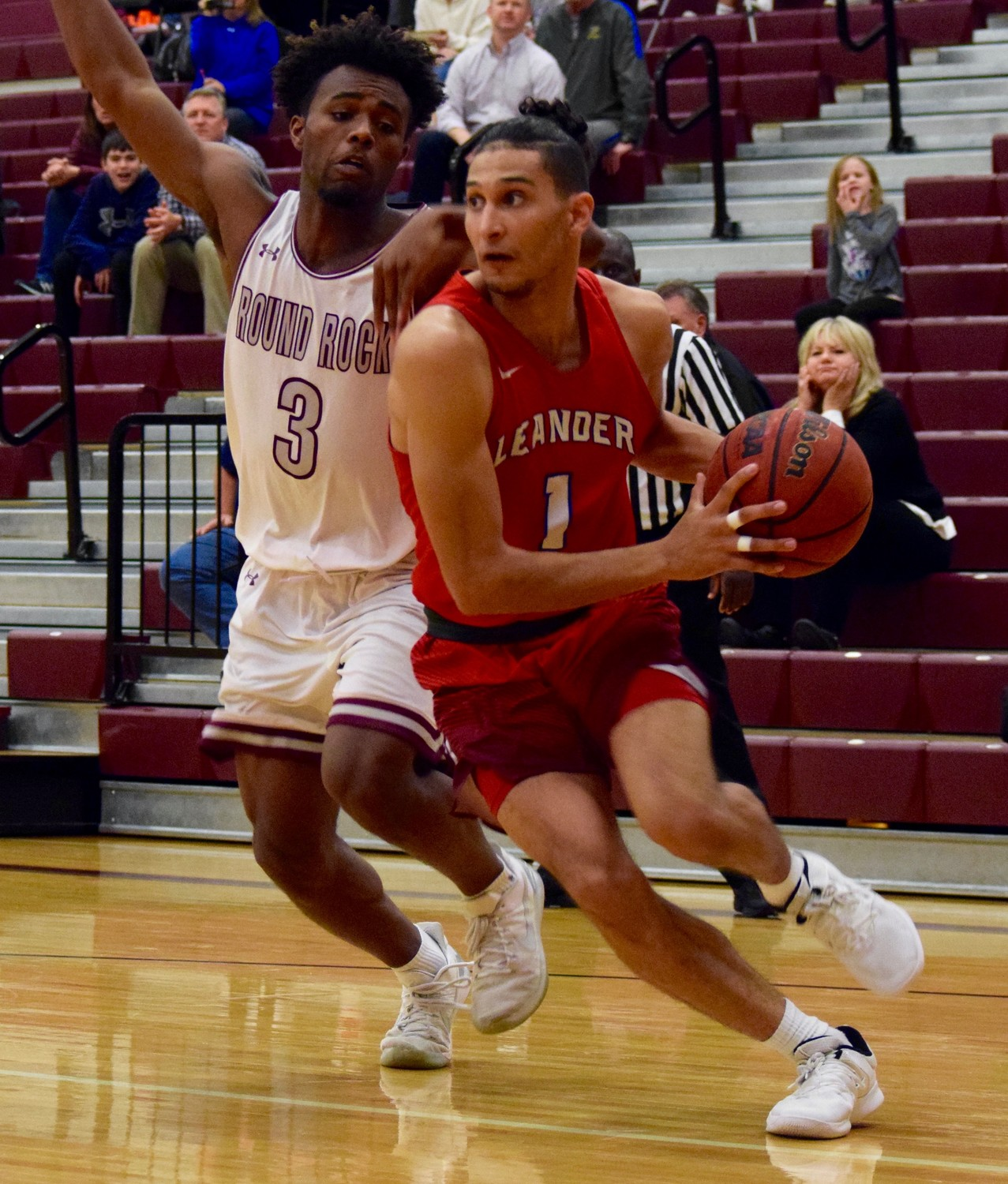 Kyce Wilson scored nine points and Leander beat Round Rock 45-38 on Tuesday night Round Rock High School.
