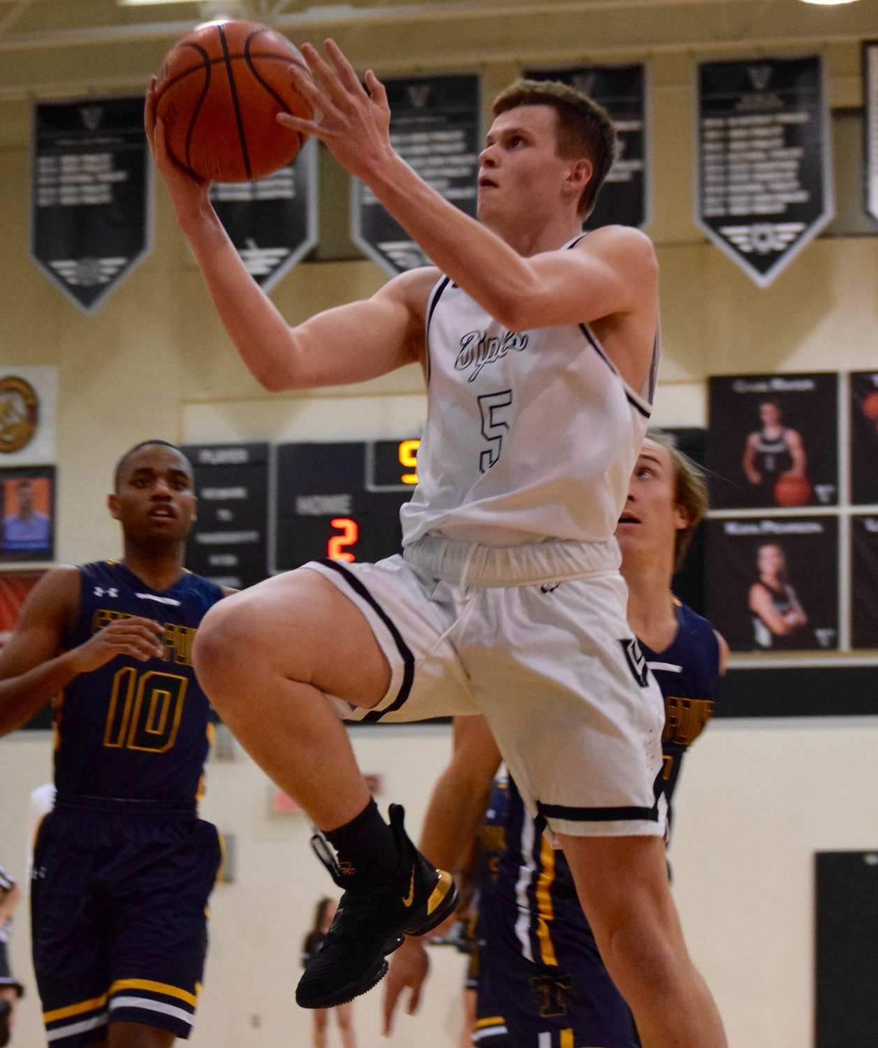 Jake Hatch and Vandegrift beat Stony Point 68-56 at home on Tuesday to clinch the final postseason spot from District 13-6A.
