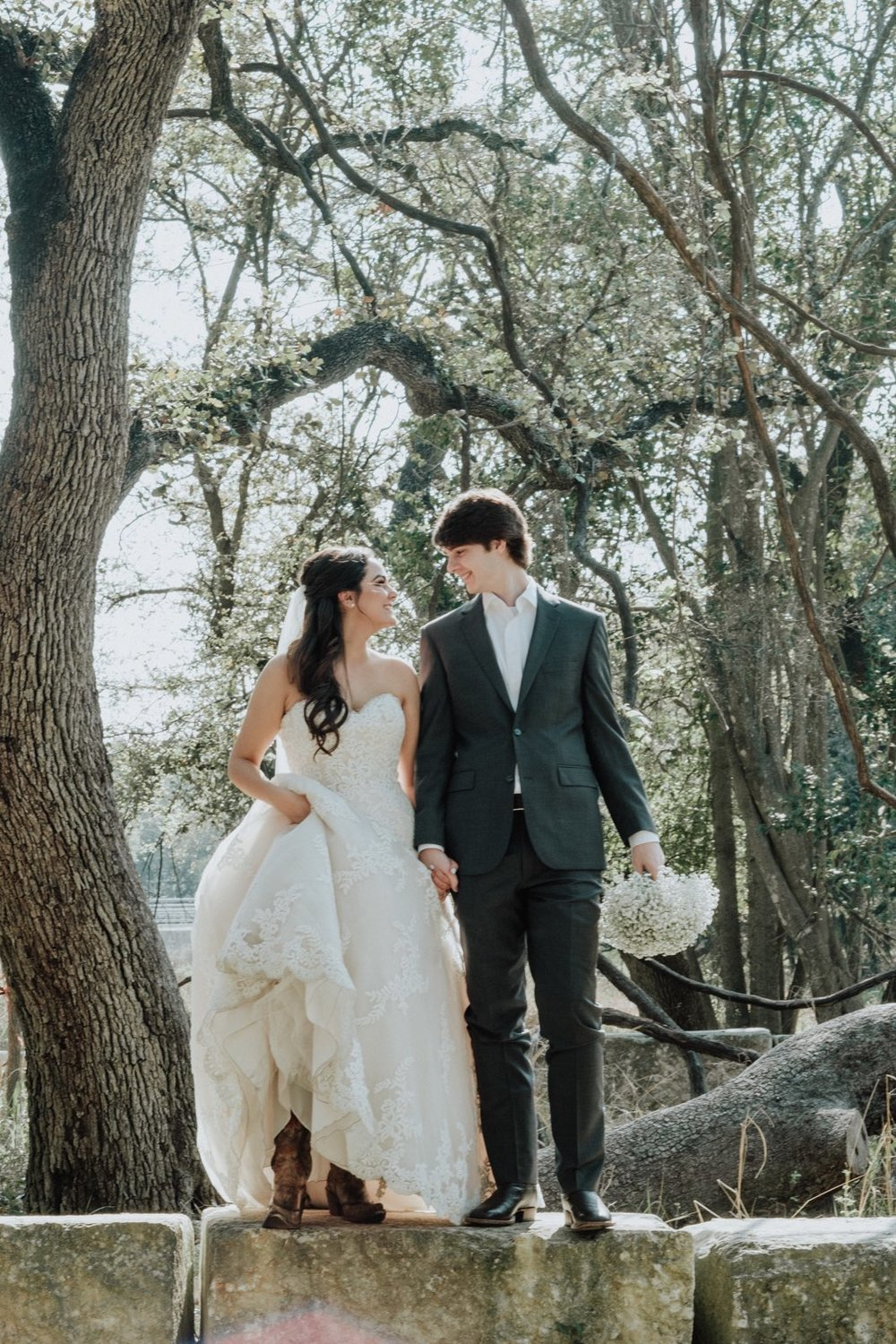 Savannah Richardson and Dylan Clark were married on March 18, 2018 at Magnolia Halle in San Antonio, Texas.