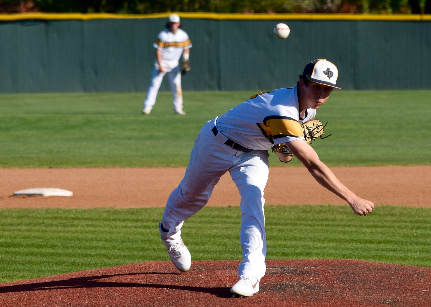 Carter Poulson and Stony Point beat Round Rock 8-3 at home on Monday afternoon.