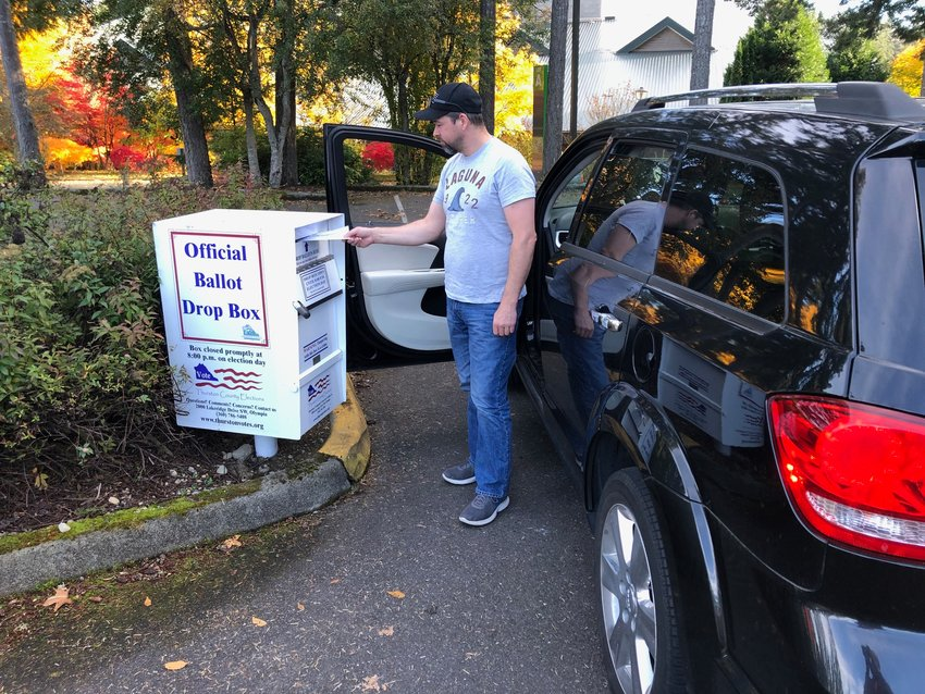 Olympia resident Edward Mears voting this afternoon at South Puget Sound Community College.