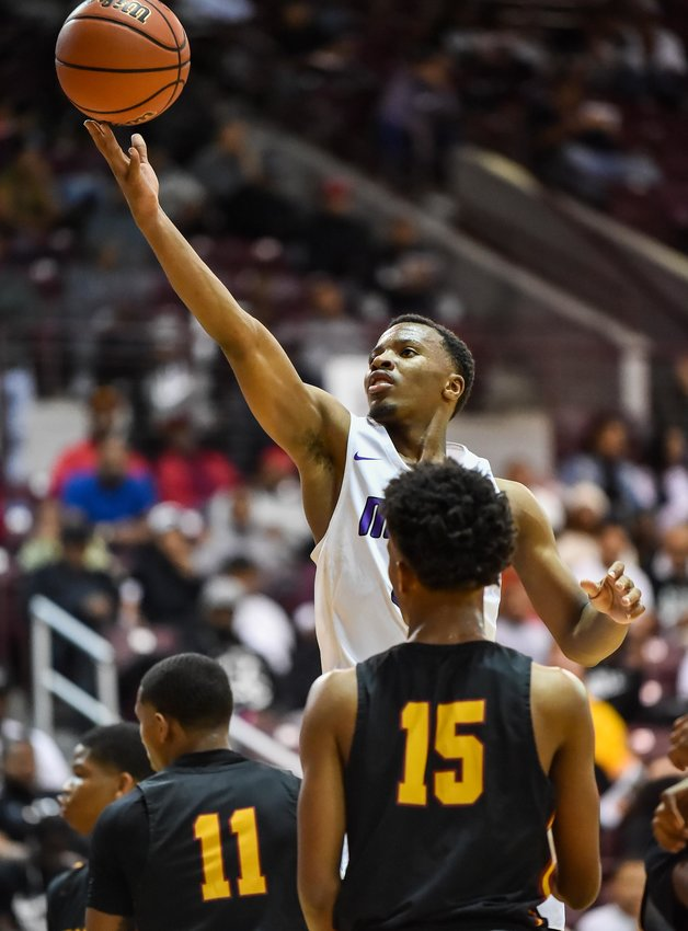 Averaging 35.6 points per game this season, Morton Ranch senior guard L.J. Cryer ranks fifth all-time in career points in Texas high school boys basketball history. He is the top scorer all-time in the Greater Houston area, eclipsing Daniel Gibson earlier this season.