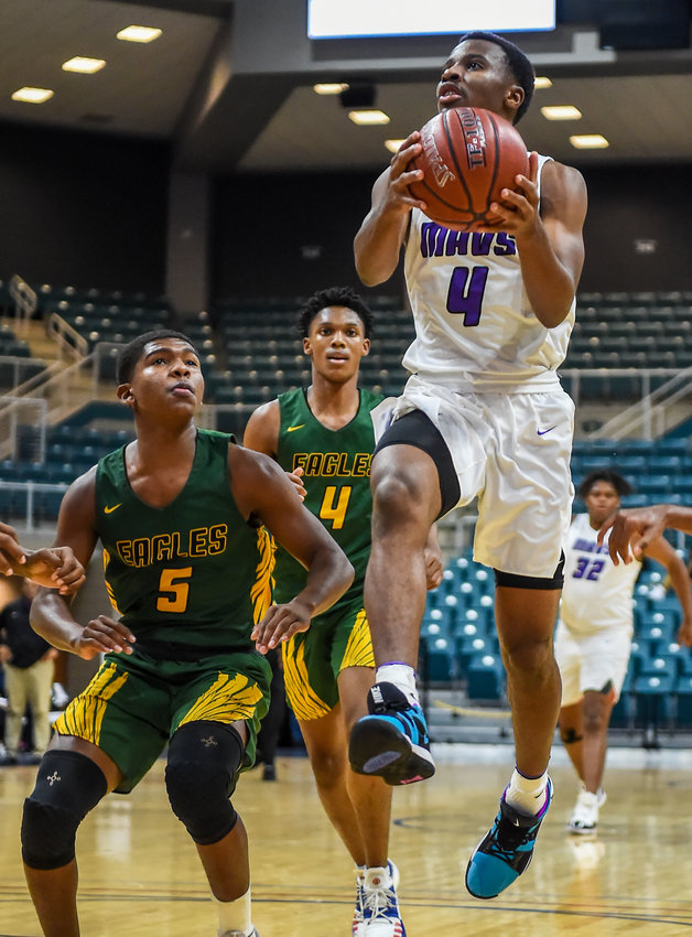 Morton Ranch senior guard L.J. Cryer wrapped up his senior campaign with 1,164 points for an average of 34.2 per game. His career point total of 3,488 ranks fifth all-time in Texas high school boys basketball history, and No. 1 all-time in the Greater Houston area.