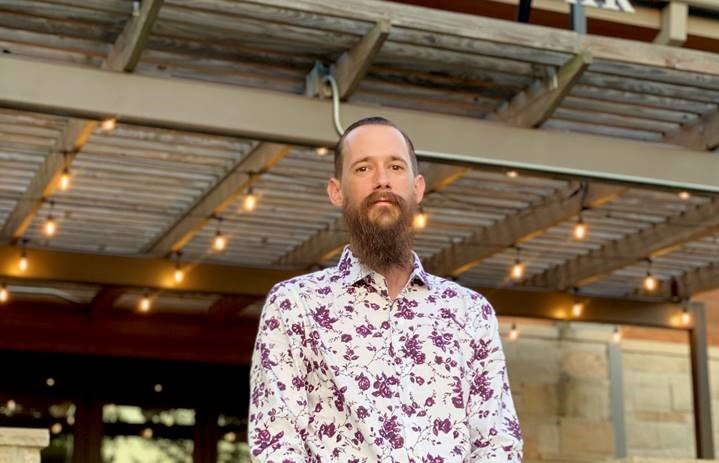 Kevin Callahan is the new executive chef at The Oaks Kitchen and Bar located in the Cane Island master planned community. He has developed a new menu for the restaurant with gulf coast inspired dishes stemming from Louisiana, Texas and Mexico.