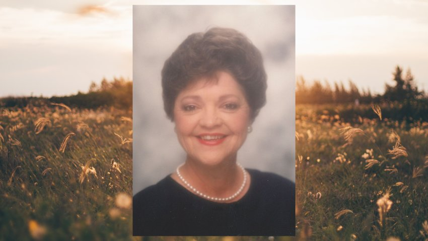 Jamee Bartek passed away Aug. 8 surrounded by her family. She was a graduate of the University of Nebraska and had been married to her husband, Bill, for 64 years. She was well-loved by her extensive family who misses her greatly.