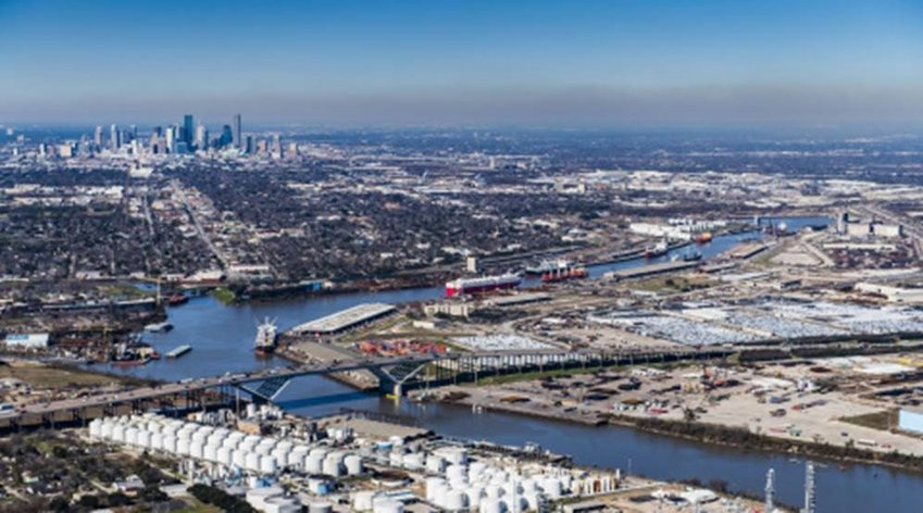 The port of Houston is the largest mover of waterborne freight tonnage in the U.S. with nearly 285 million tons of cargo moved in 2019 - roughly 47 million more tons than any other U.S. port.