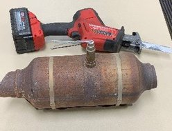 Katy PD has arrested three men and charged them with the theft of multiple catalytic converters from vehicles near Katy Mills. The suspects were found with tools similar to the saw shown above and eight catalytic converters from various vehicles. The tools and converter shown here are from a November 2020 case which saw KPD arresting multiple men after a brief high-speed chase. (see story link below)