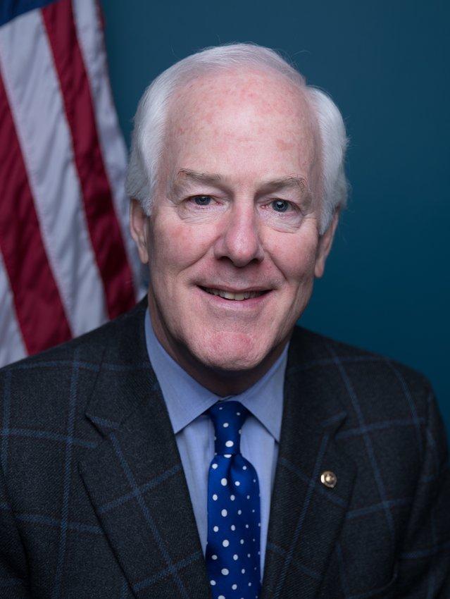 来自德克萨斯州的共和党的美国参议员John Cornyn是参议院财务,情报和司法委员会的成员。