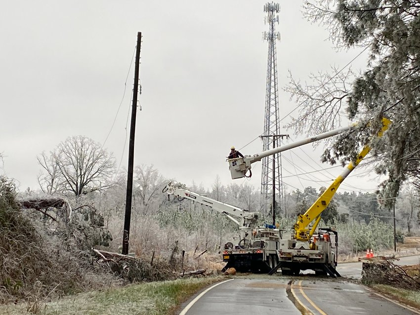 EMEPAcrews work to restore power throughout parts of Kemper County following the winter storm that barrelled through Mississippi last week, causing a number of outages.