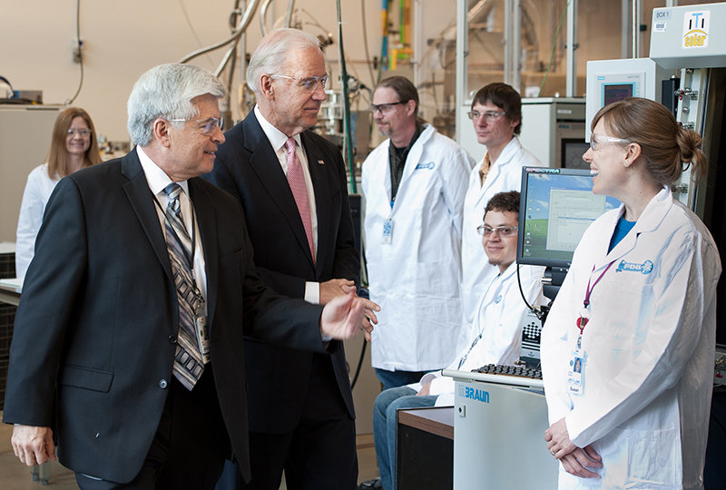 May 20, 2011 - NREL Director Dan Arvizu accompanied Vice President Joe Biden on a tour of NREL's Process Development Integration Laboratory on Friday May 20. The PDIL has six bays where proven and experimental solar cells are made and tested in partnership with private industry.