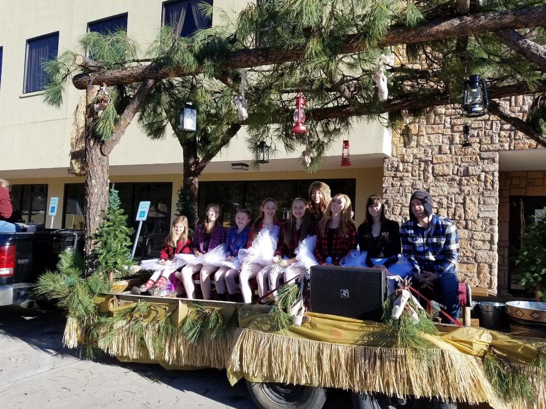 Dali Ballet Company is only one of the many groups with floats featured in the Aspencade Parade in Ruidoso on Oct. 5.