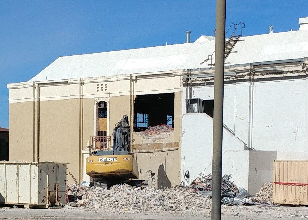 Iconic Williams Hall Undergoes Demolition Las Cruces Bulletin
