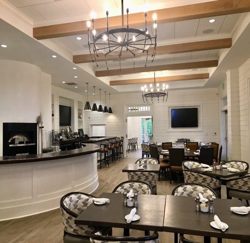 Reunion Golf & Country Club was recently named a Golden Fork Award recipient by Golf Inc. magazine. The magazine recognizes the golf industry's top dining facilities.