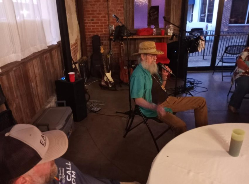 Uncle Si Robertson of Duck Dynasty fame sits back and tells his stories Friday during his visit to Philadelphia.