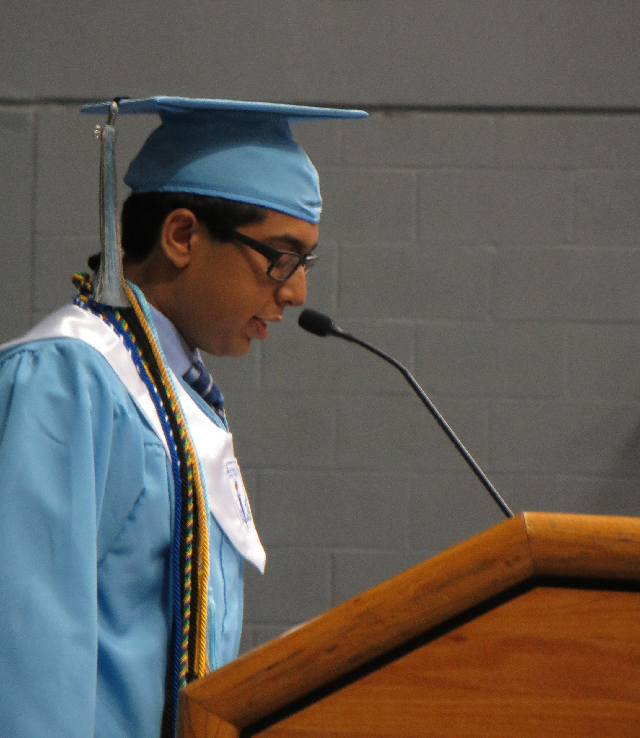 salutatorian address Salutatorian speech template including ten speech topics on remarkable  collective achievements and commencement exercise tips for the graduating  student.