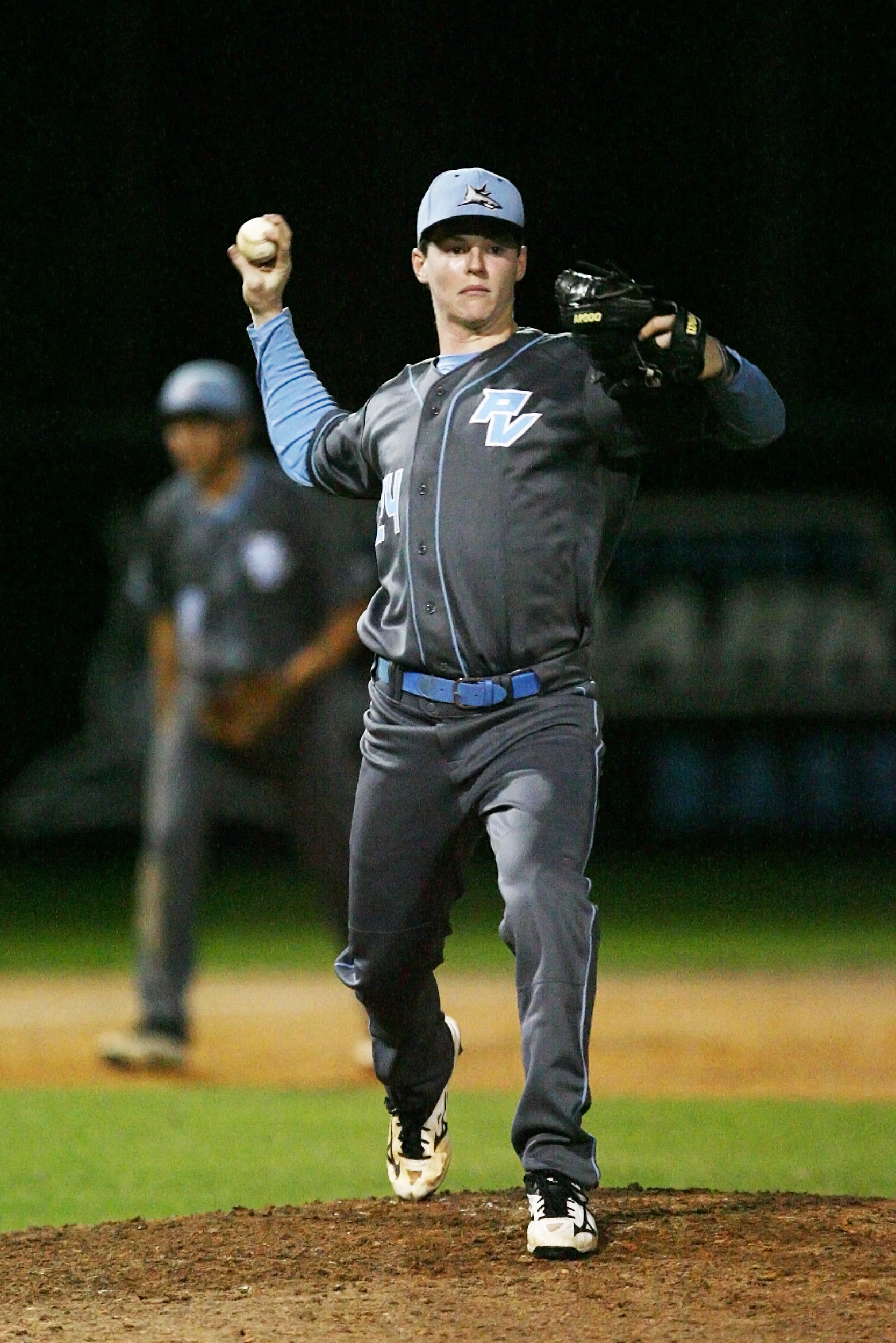 Duncan Van Kuteran pitches in relief for the Sharks