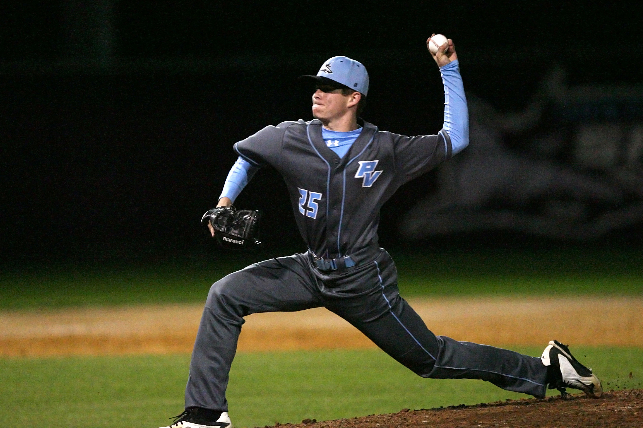 -#25 Lefty Kevin Faulkner comes on in relief for the Sharks