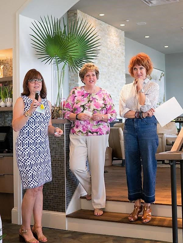 Dana Scholl, Nancy Ziolkowski and Annette Anderson from Closet Curator