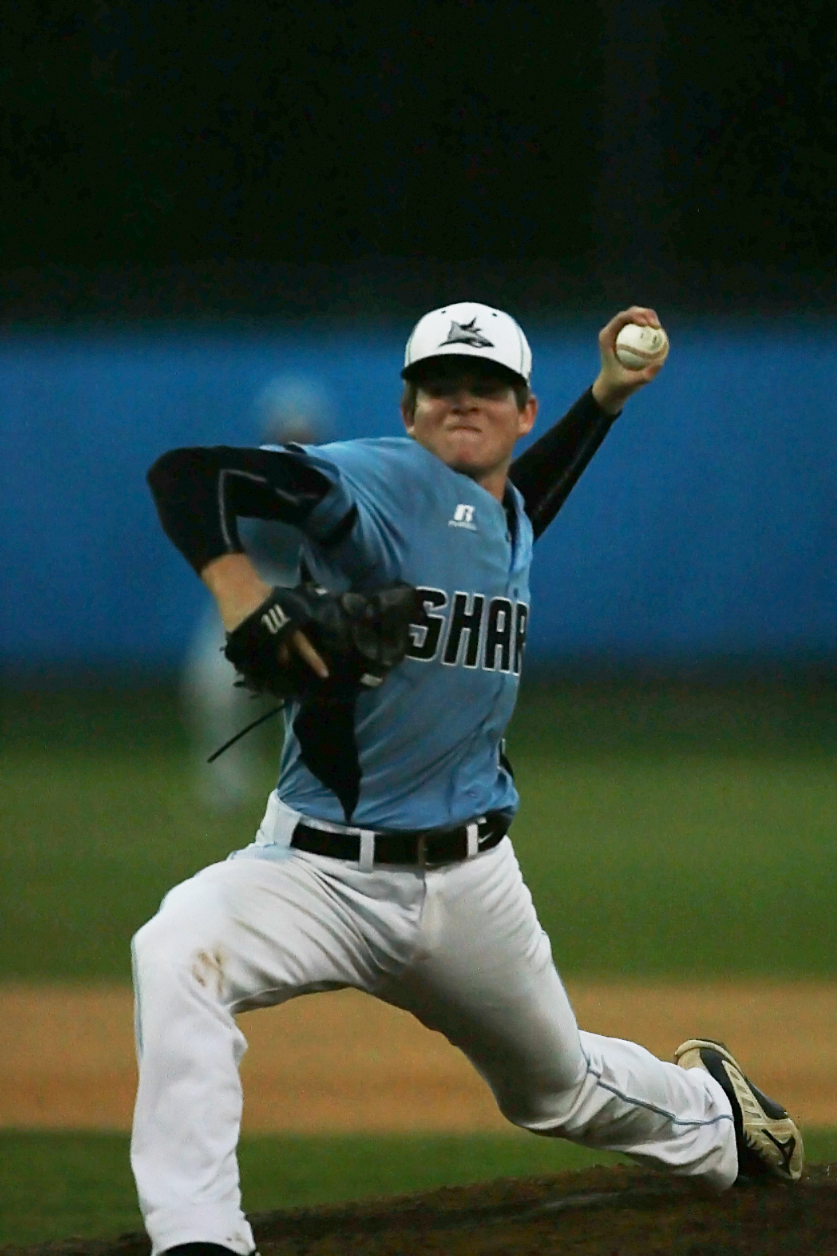 Kevin Faulkner delivers a pitch against Paxon.