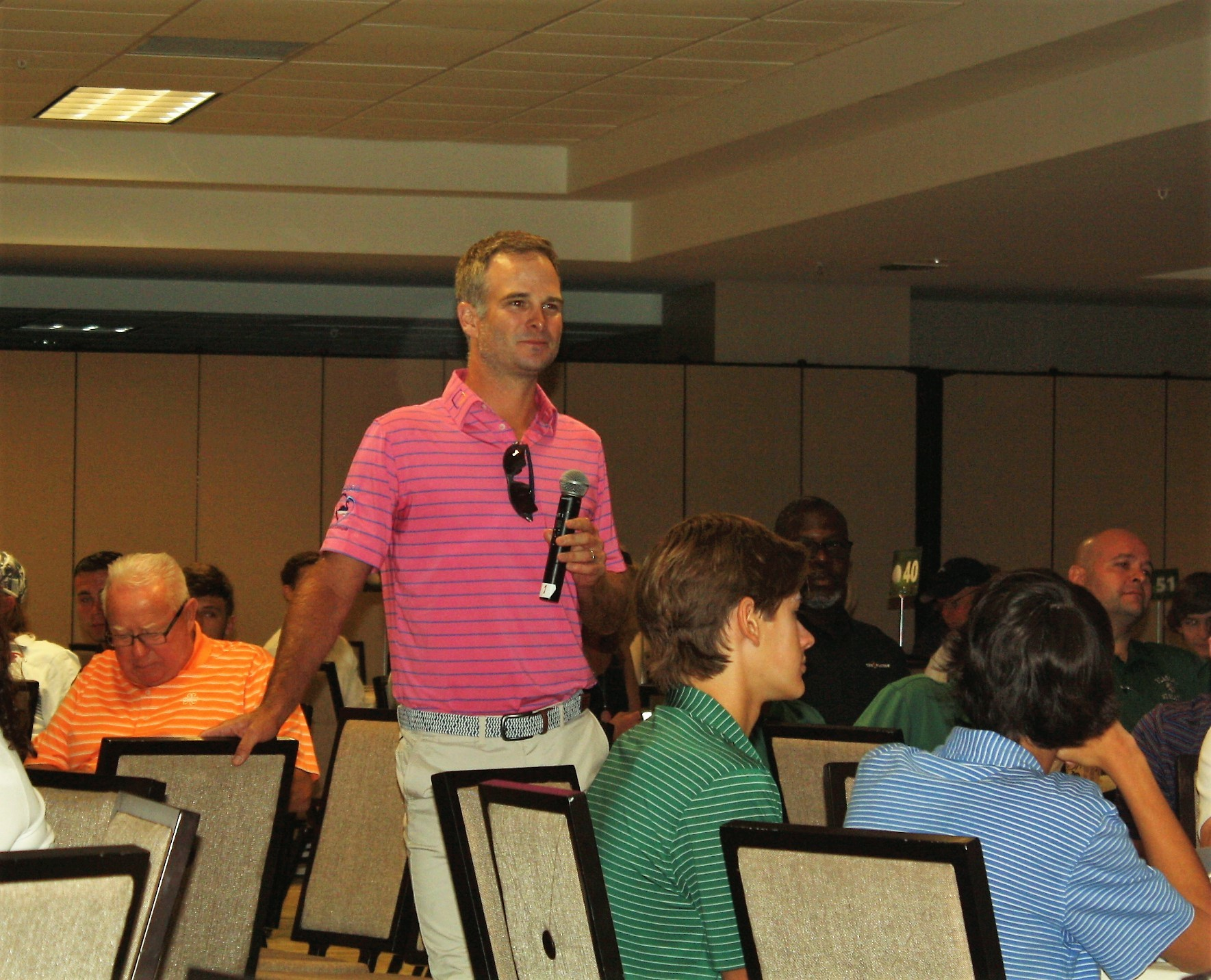 PGA Tour golfer Kevin Streelman shares his faith with youth golfers.