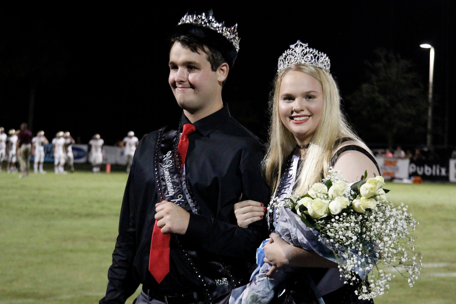 Homecoming King and Queen Max Kren and Maddie Coffey