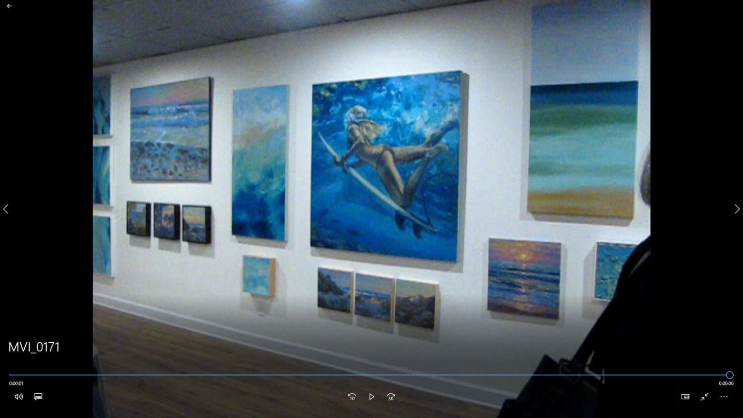 Quinn's oil paintings at his gallery are heavily inspired by the ocean.