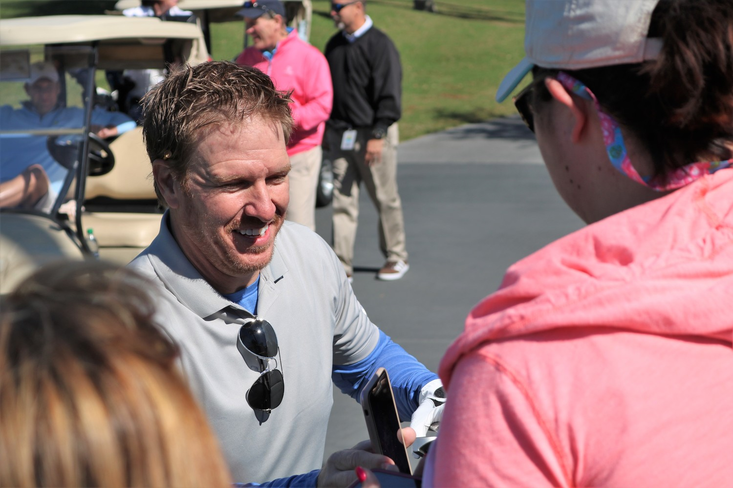 "Chip Gaines of HGTV's ""Fixer Upper"" takes a break from the course to talk with fans."
