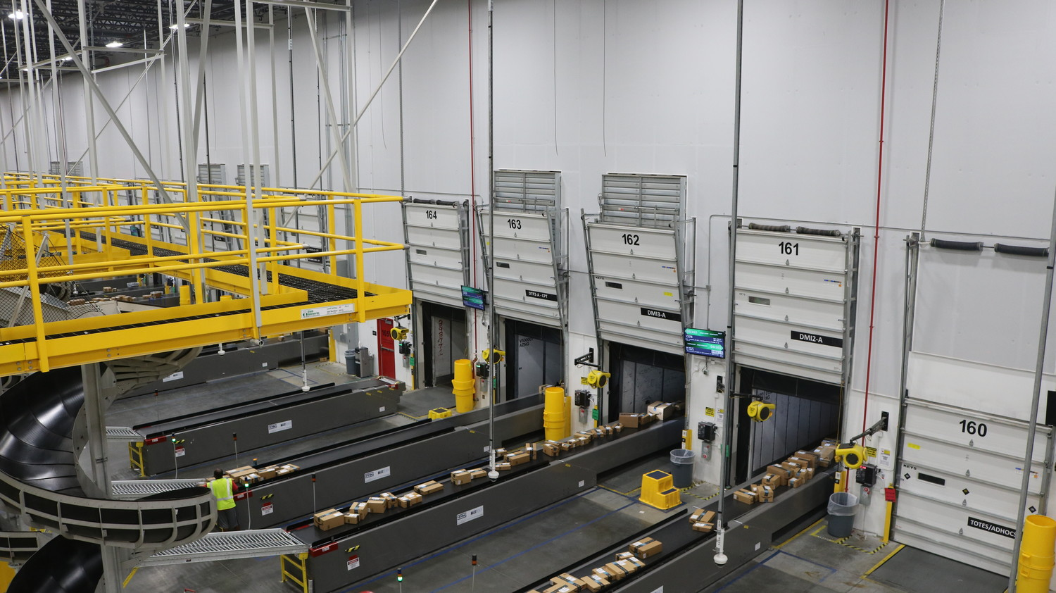Amazon opened the doors of its new fulfillment center on Jacksonville's Northside to elected officials and community leaders on April 6 as part of a special grand opening event. The new facility began operating last year.