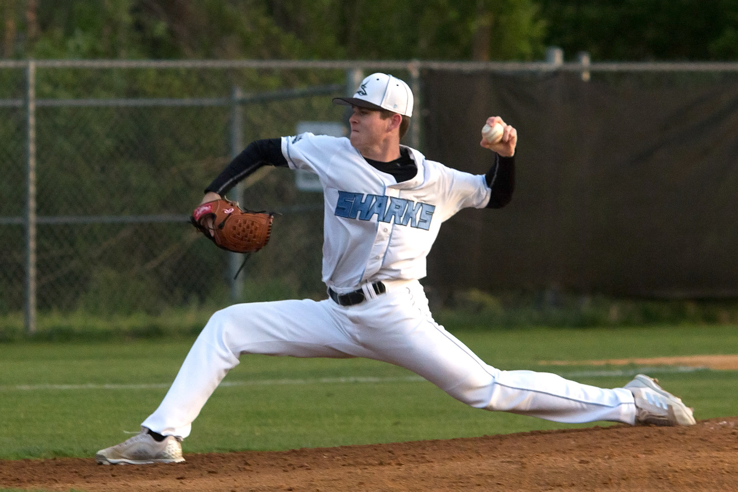 Ponte Vedra pitcher Kevin Faulkner delivers a pitch to a Ridgeview batter.