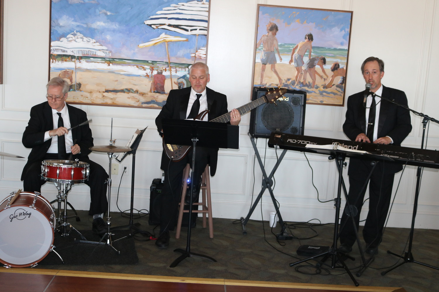 The Steve Chapman Trio entertains attendees of the Spring Fling.