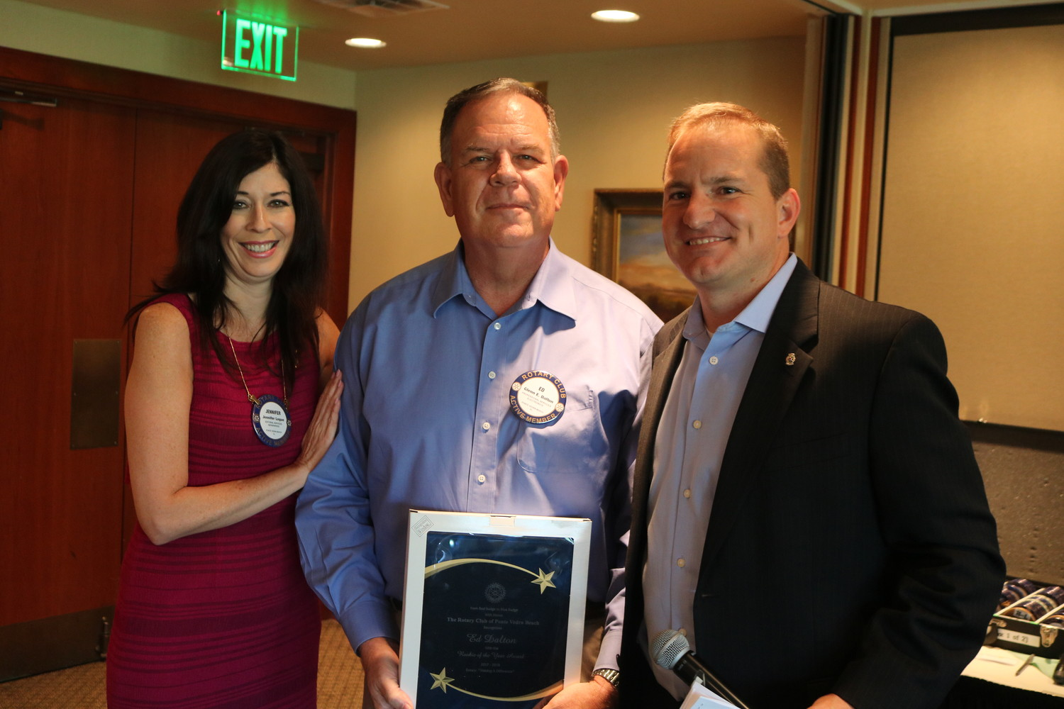 Ed Dalton (center) receives the Rookie of the Year Award from Jennifer Logue (left) and Billy Wagner (right).