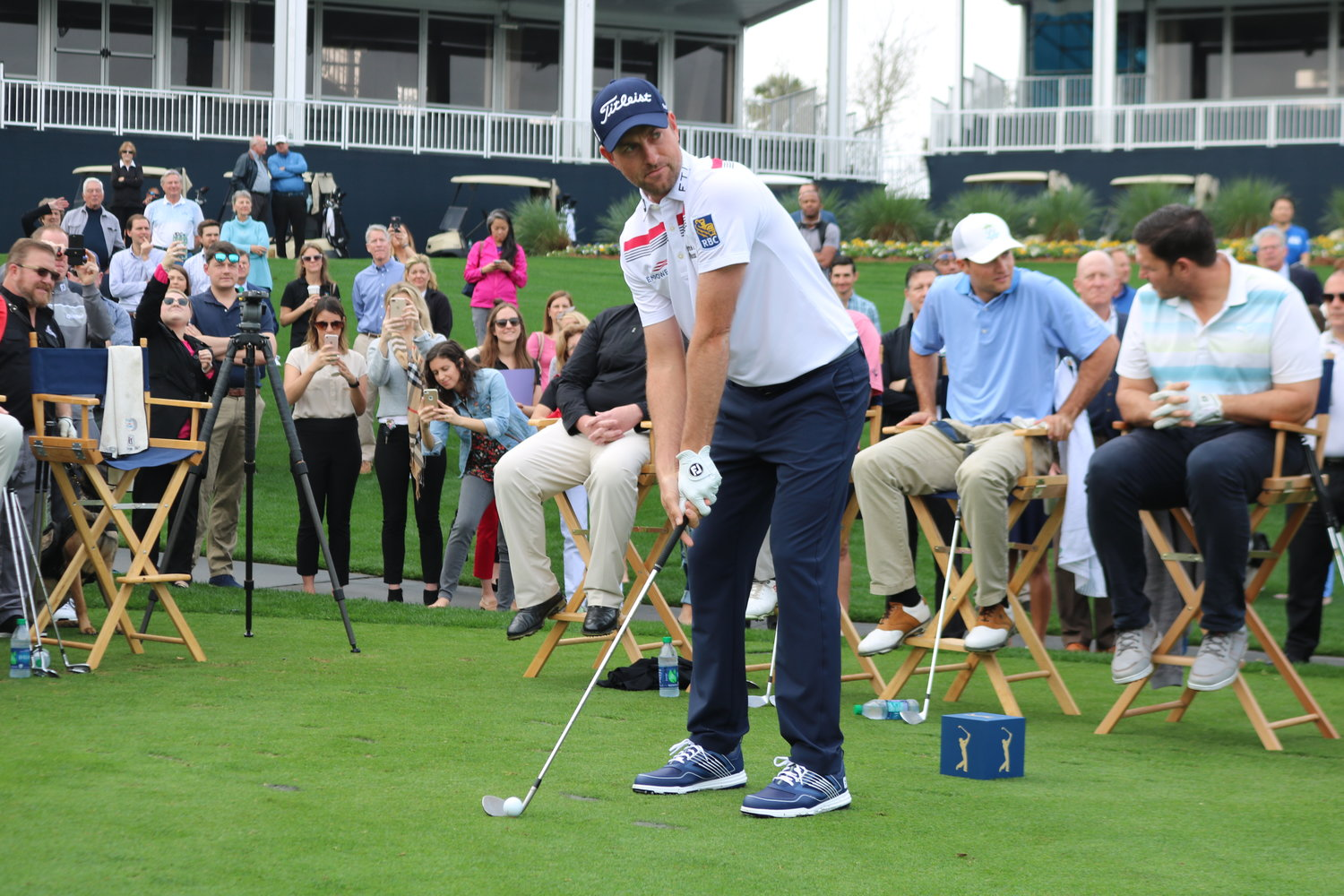 Webb Simpson attempts a shot at THE PLAYERS Charity Challenge.