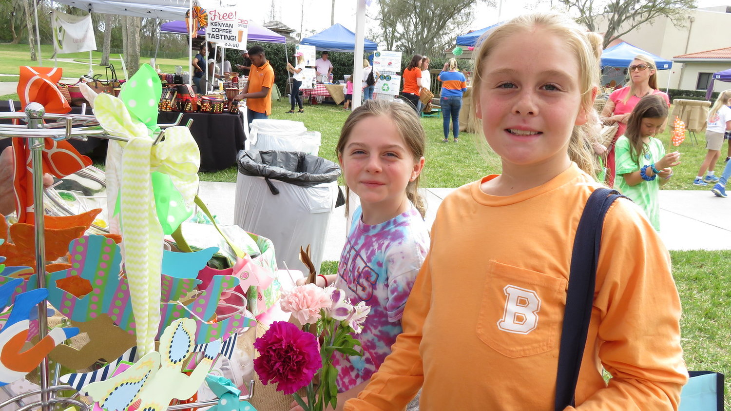 A recent farmers market at the Bolles Ponte Vedra Beach campus helped students understand environmentally conscious consumerism by buying local produce and goods.