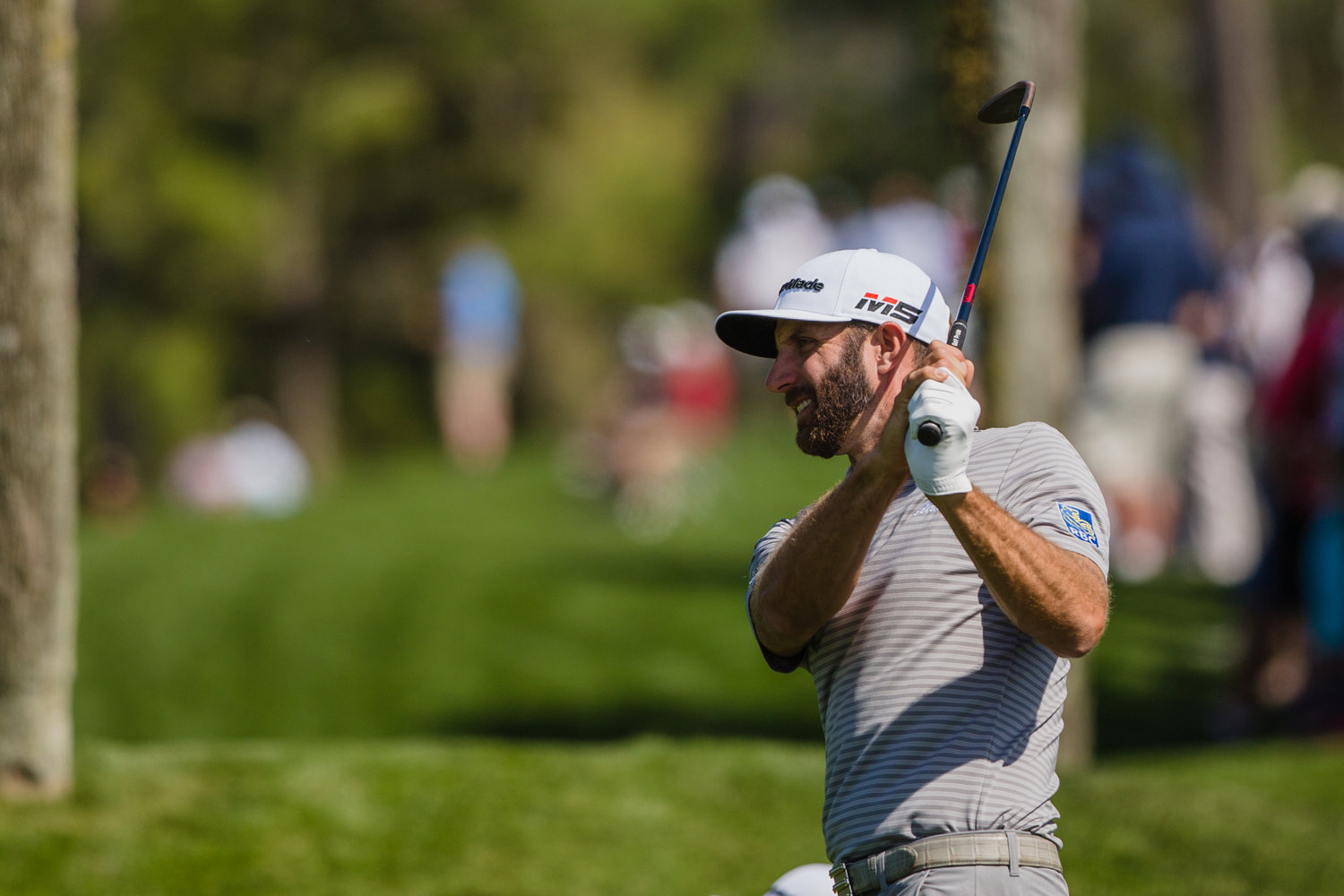 Dustin Johnson eyes up a shot at THE PLAYERS. He's 3-under par after the first round.