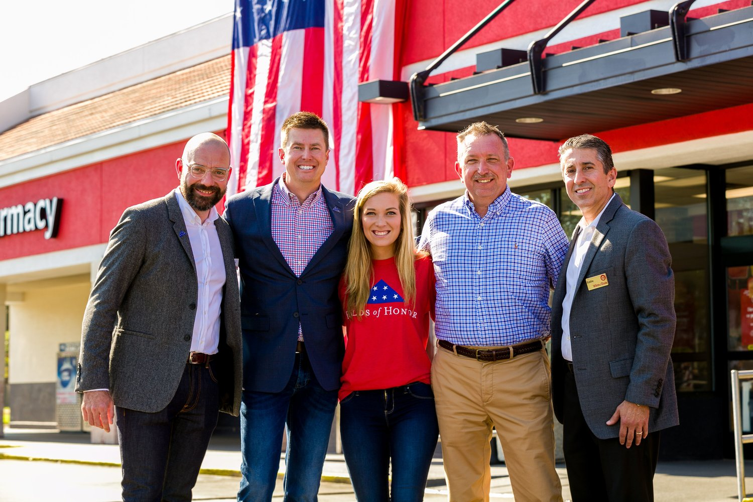 Southeastern Grocers 'rounds up' support to honor military