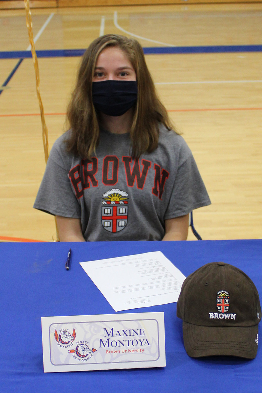 Cross country and track athlete Maxine Montoya has committed to Brown University.