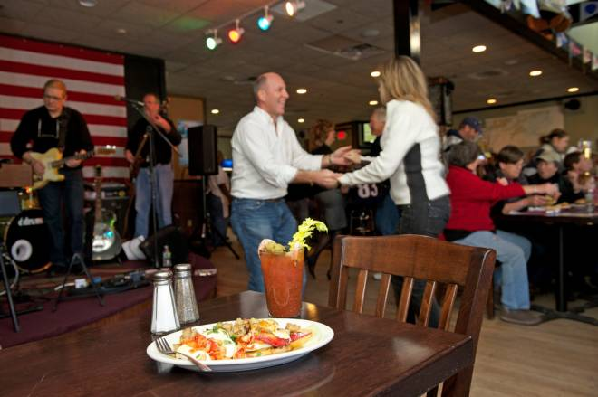 Blues, Bloodies & Brunch at Narragansett Café in Jamestown