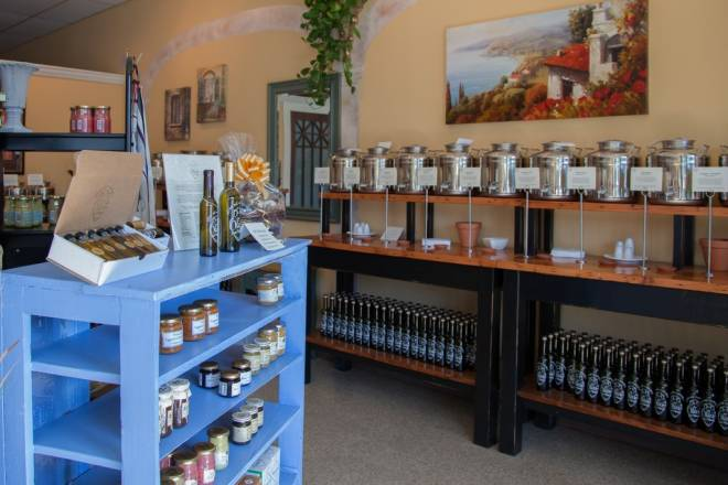 Olive del Mondo on Hope Street specializes in fine olive oils and balsamic vinegars