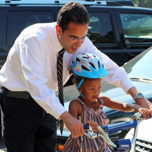 Mayor Angel Taveras will host the city's third car-free Cyclovia event on Hope Street this Sunday