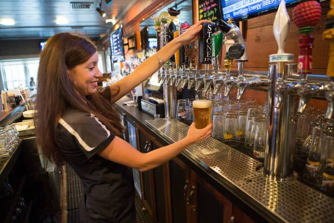 Fins pours 32 beers on tap