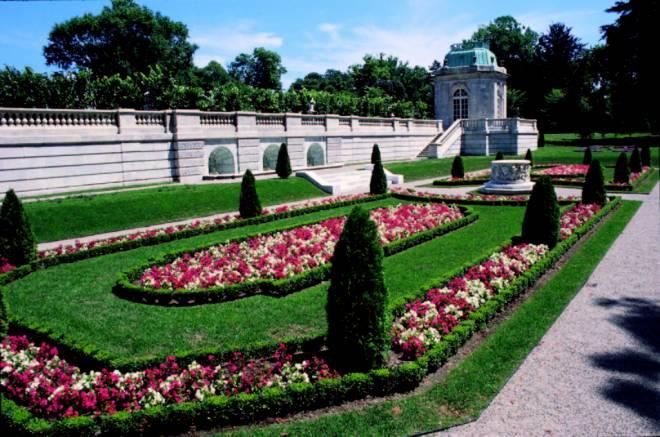 The Elms' Sunken Garden
