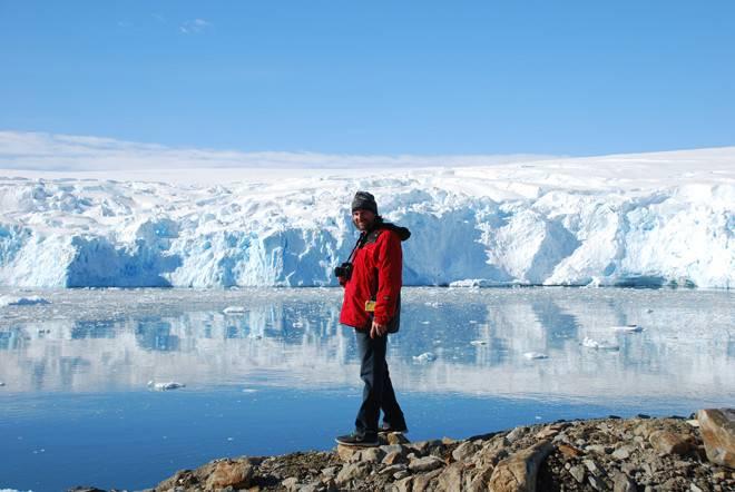 Brad Seibel studies marine life in extreme habitats