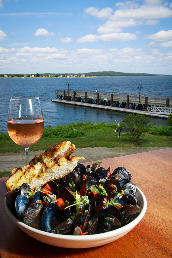 Mussels al fresco at The Boat House in Tiverton