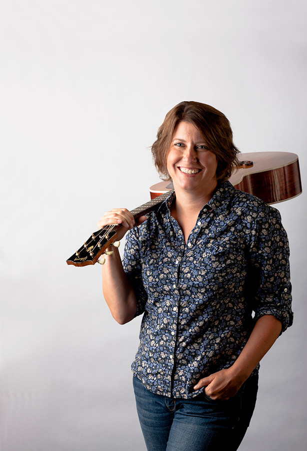 Barrington artist Becky Chase will be performing at the Sandywoods Center for the Arts on September 22.