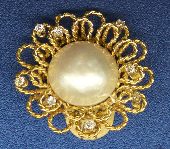 Vintage 18 karat gold Mabe Pearl and diamond brooch, $900