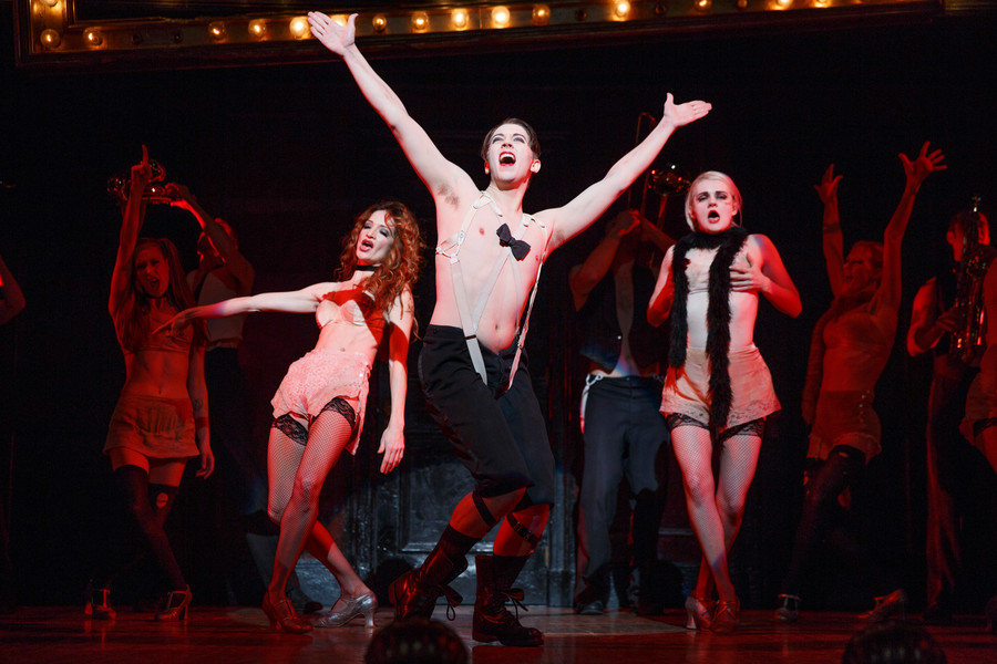 2015 Broadway Cast of Roundabout Theatre Company's Cabaret