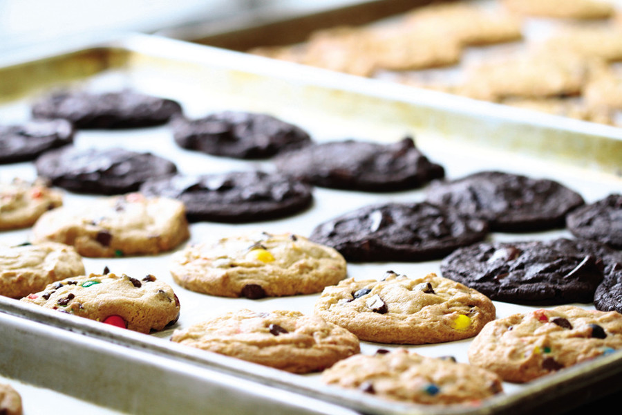 Insomnia Cookies brings midnight snacking to Thayer with late-night cookie deliveries