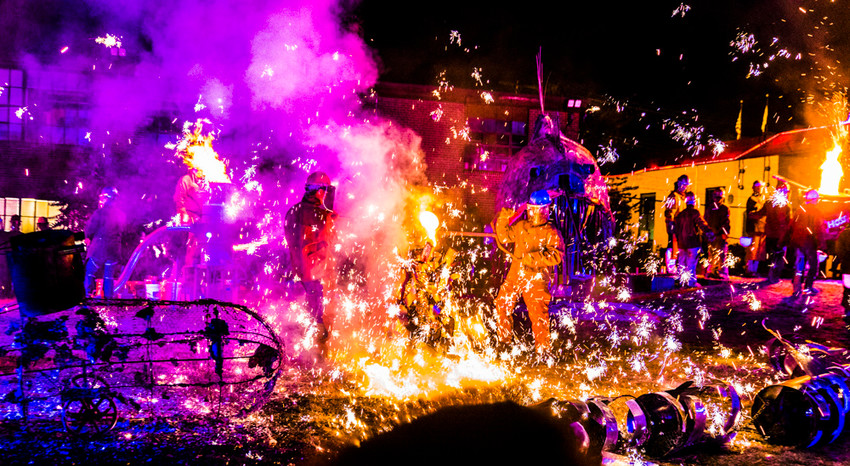 The Steel Yard's annual Halloween Iron Pour brings the heat with artists pouring over 2,500 pounds of molten iron, live music, and more, October 20