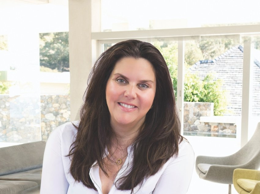 Leading Ladies 2019: Tracy LeRoux, Advertising & Real Estate Firm Owner of Link Real Estate in Barrington